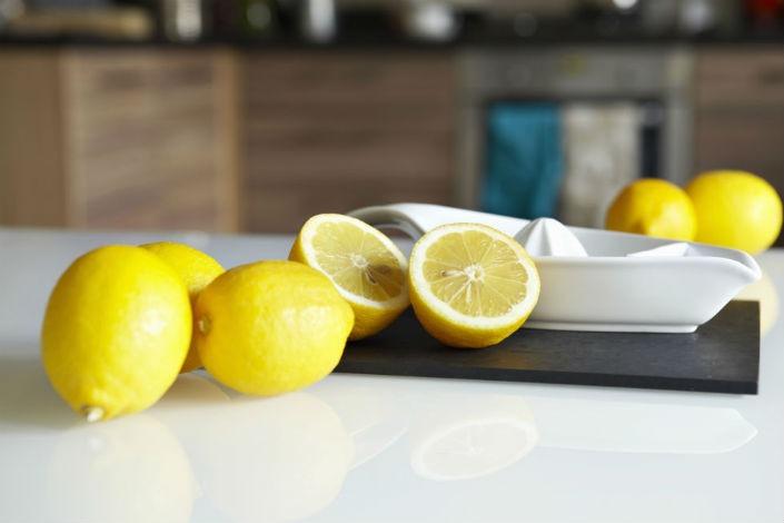 whole and half lemons